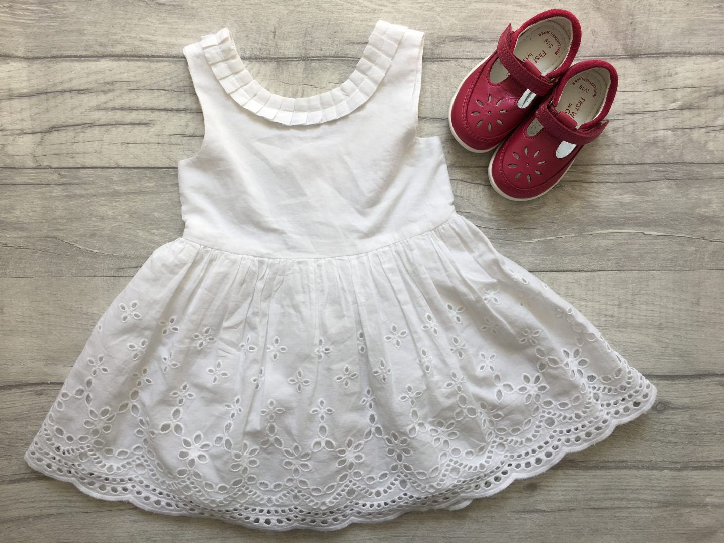 first shoes, girls shoes, asda first walkers, asda baby shoes, summer dress