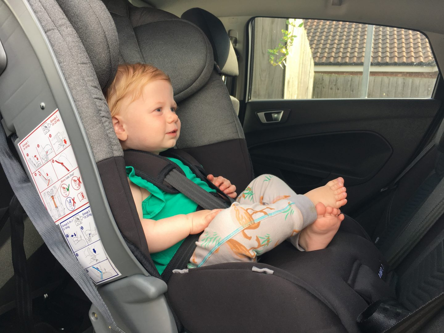 Diono Radian 5 car seat in Ford Fiesta, Diono Radian 5 review, extended rear facing car seat review