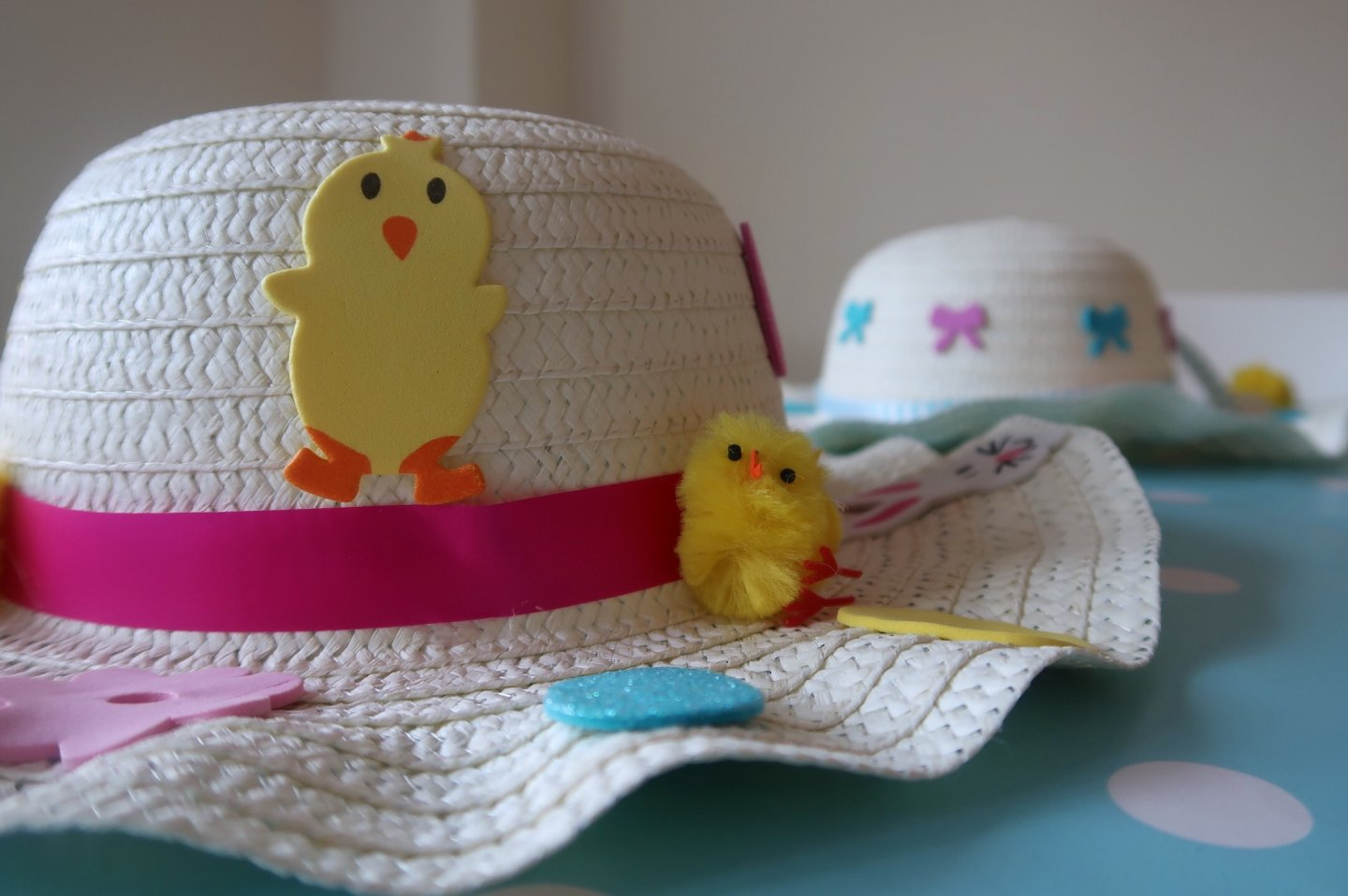 Easy Easter bonnet EYFS craft activity