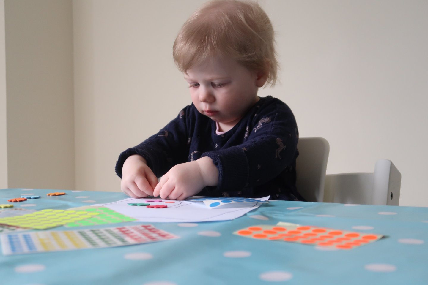 Toddler Sticker Craft