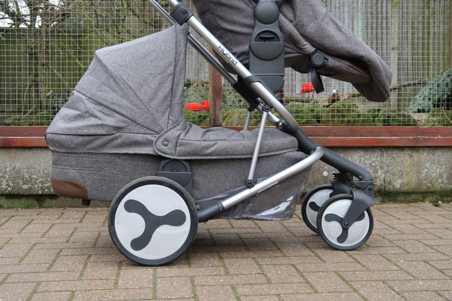 Double buggy, tandem pushchair
