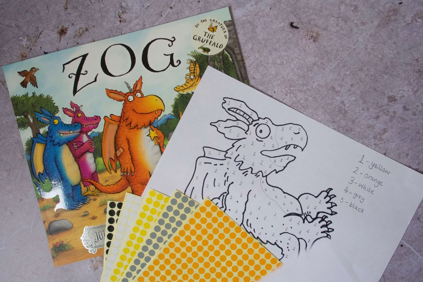 Julia Donaldson Zog EYFS activity - Sticker by Numbers